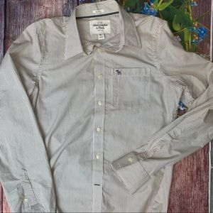 Abercrombie & Fitch Men's Muscle Button Down XL